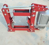 YWZ4-300/80液压制动器衬垫片 电力液压块式制动器YWZ-300/45制动器瓦块刹车片